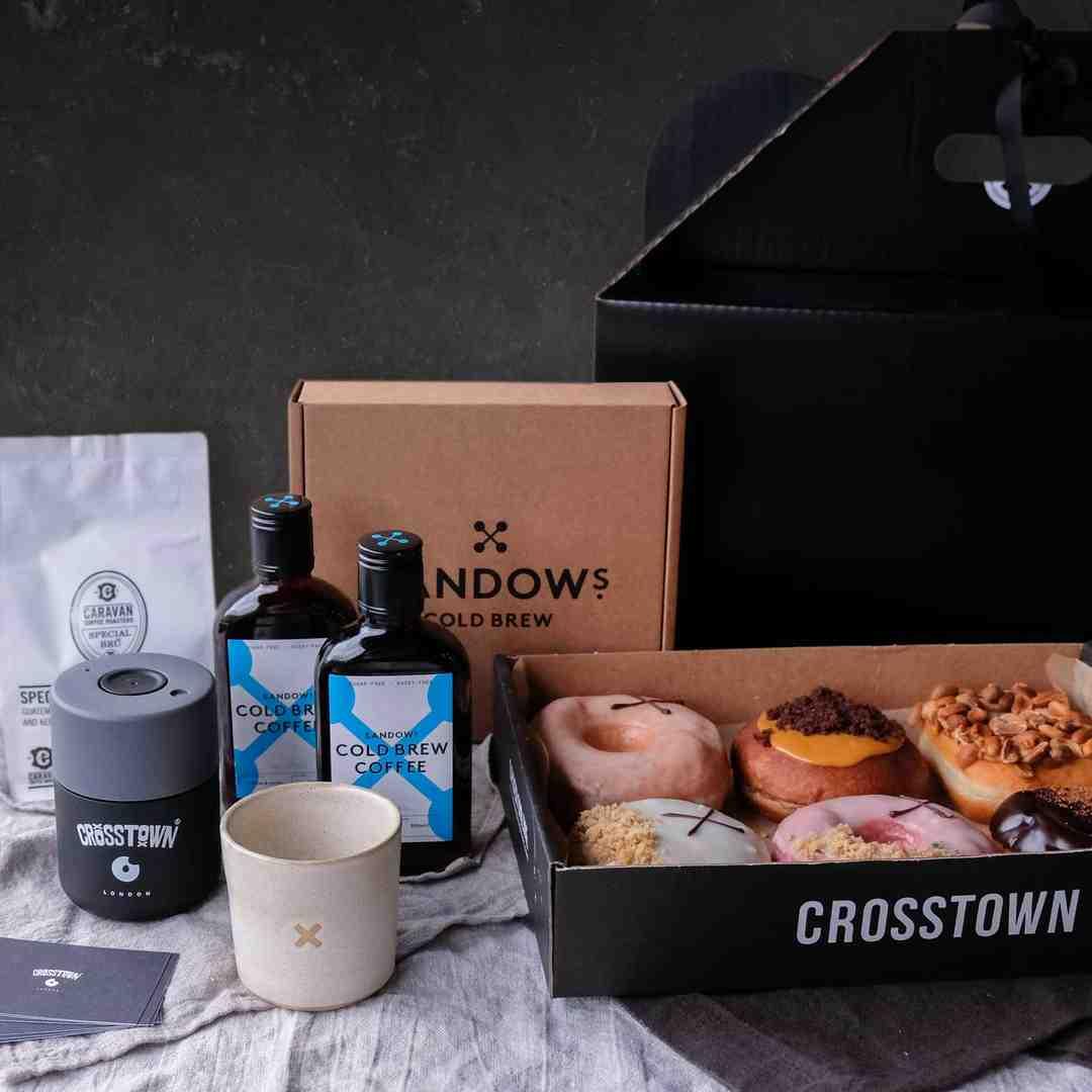 Crosstown gift hamper