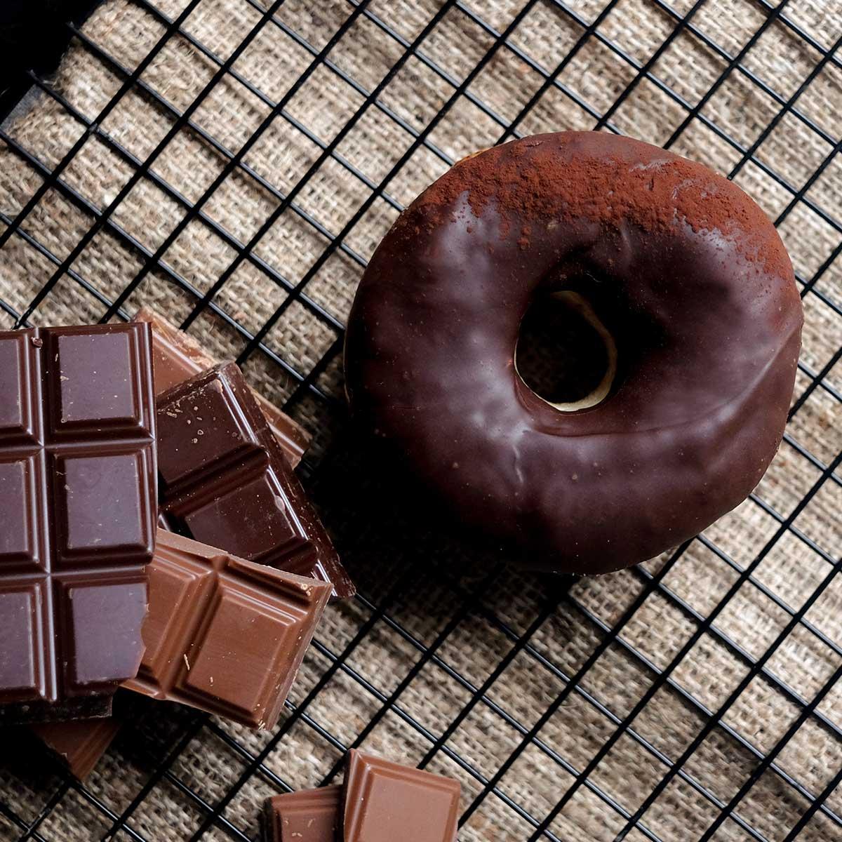 Doughnuts_ChocTruffle_01