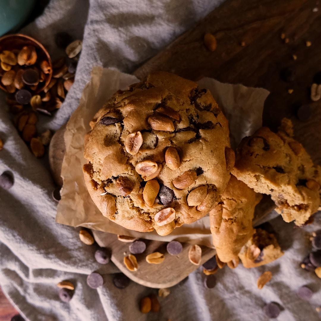 Crosstown Vegan Peanut Butter Chocolate Chip Cookie