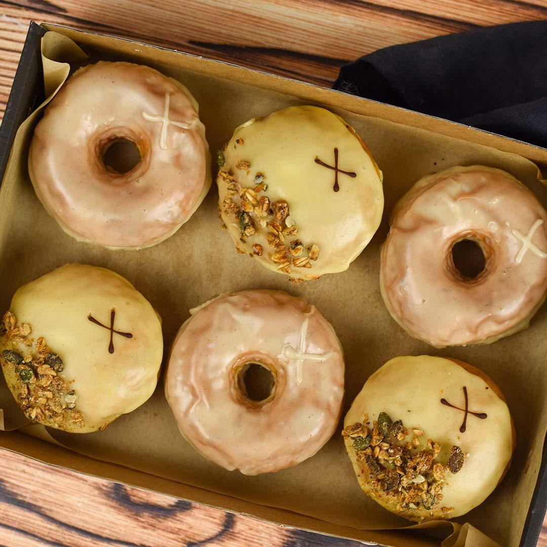 Thanksgiving   Doughnuts   Crosstown 02